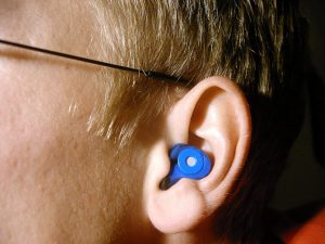 Ear with protection from loud noises