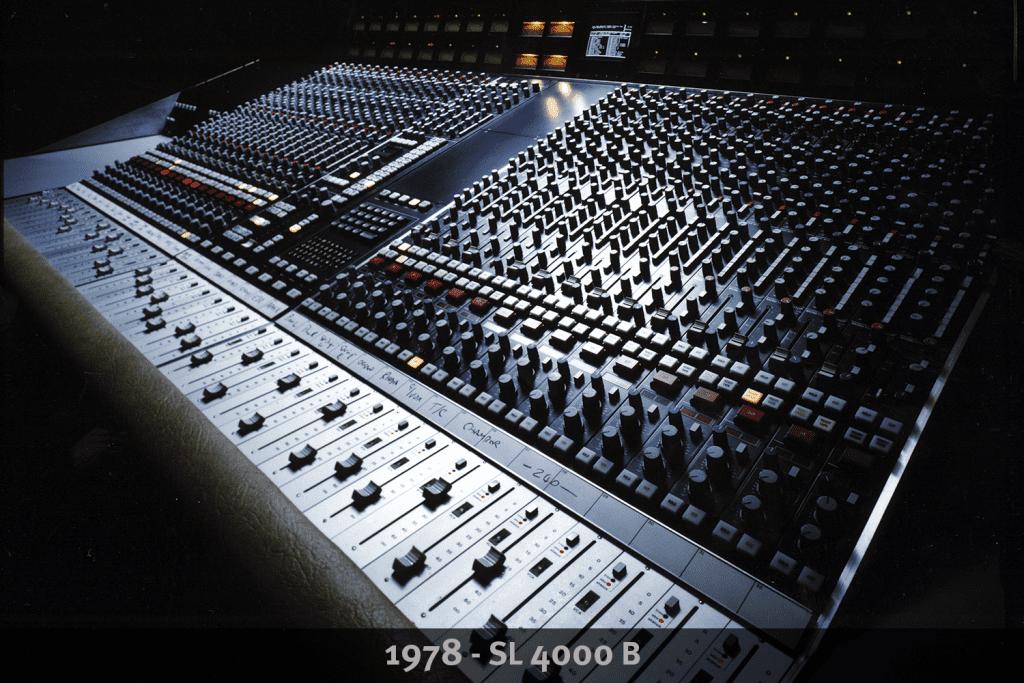 Classic recording console SSL 4000B