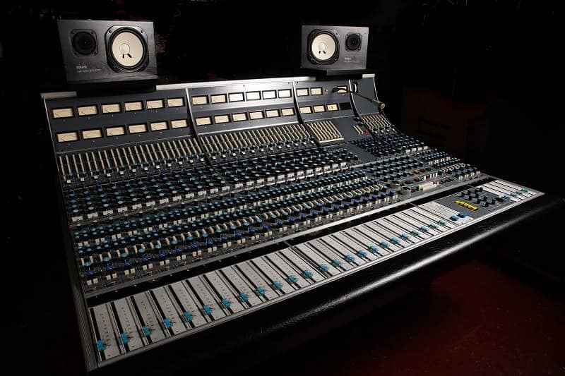 classic recording console Neve 8058